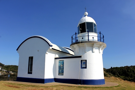 Tacking Point Lighthouse
